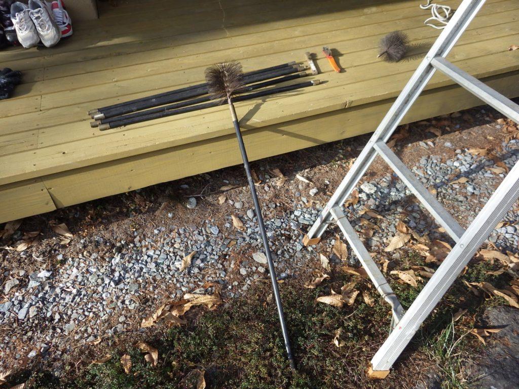 屋根掃除の道具