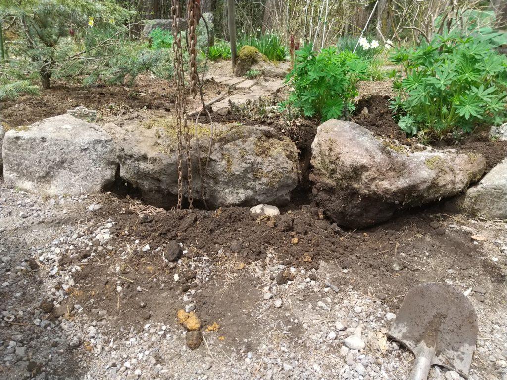 庭石の据え付け