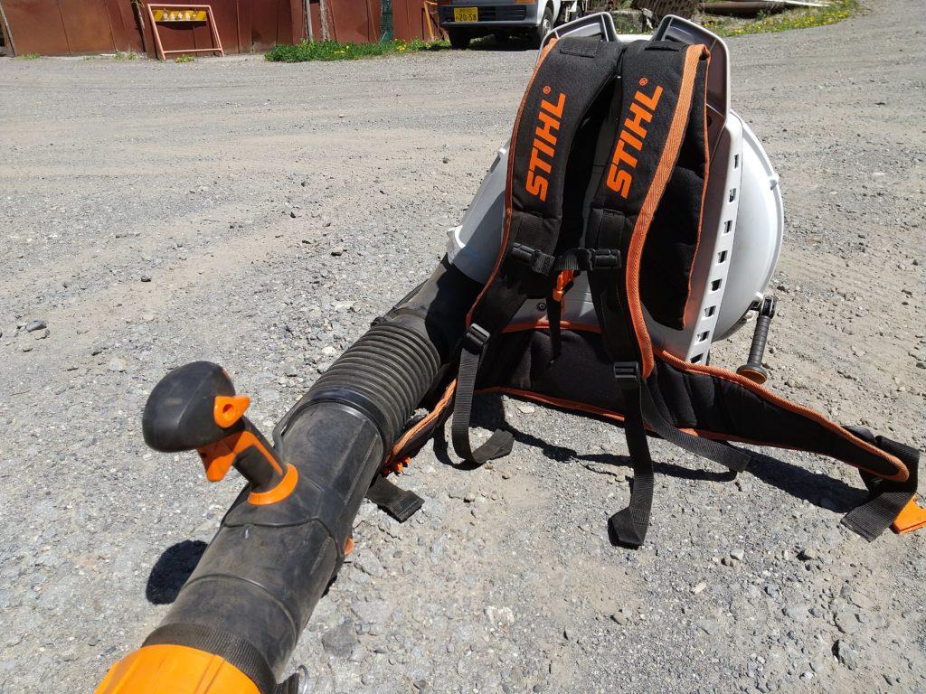 BR800C-Eの背負いベルト