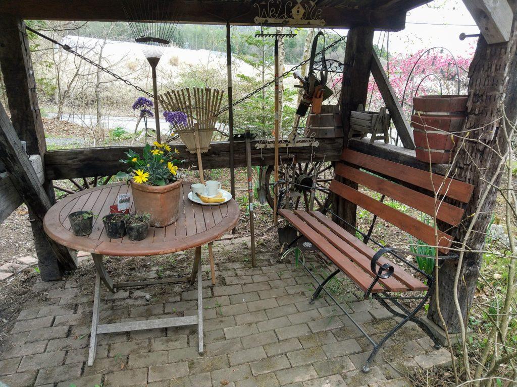 ガーデンシェッドとお茶