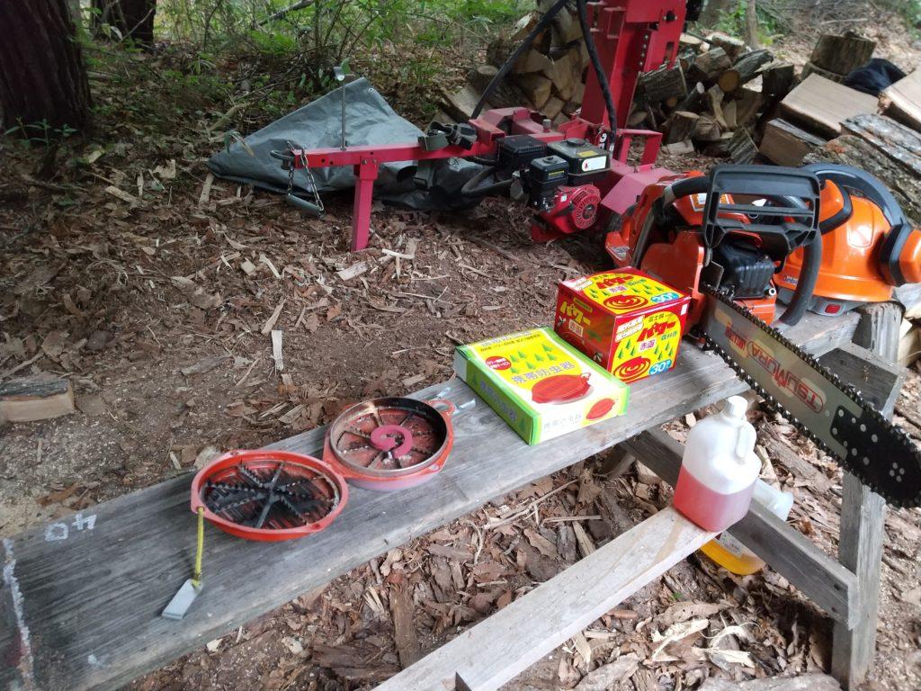 夕方の薪割りとパワー森林香