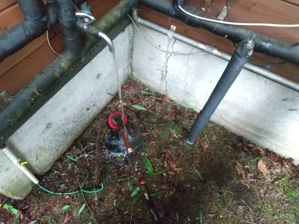 草刈り機水洗い