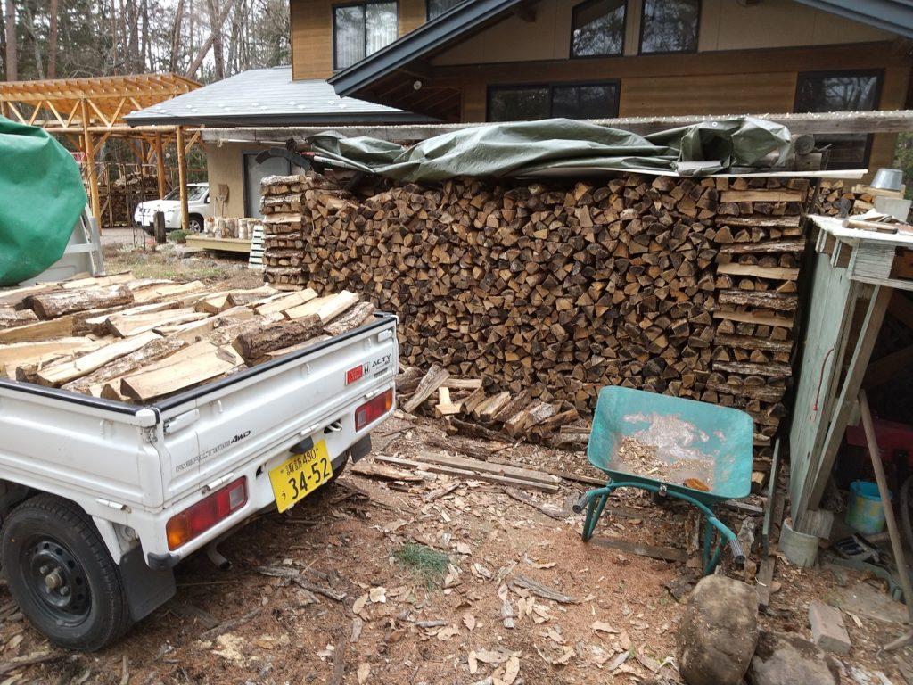 薪の在庫も減ってきました