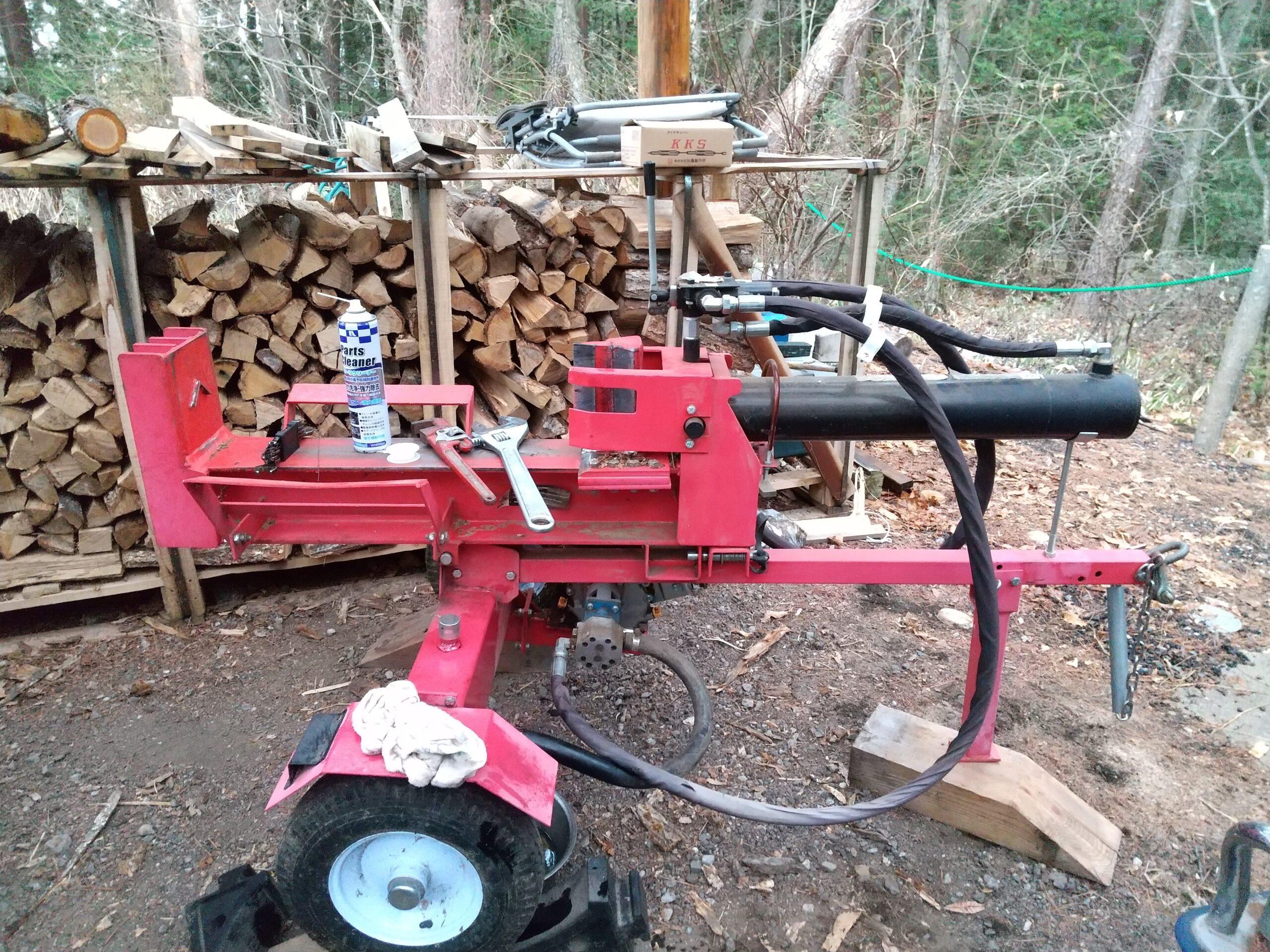 エンジン式薪割り機