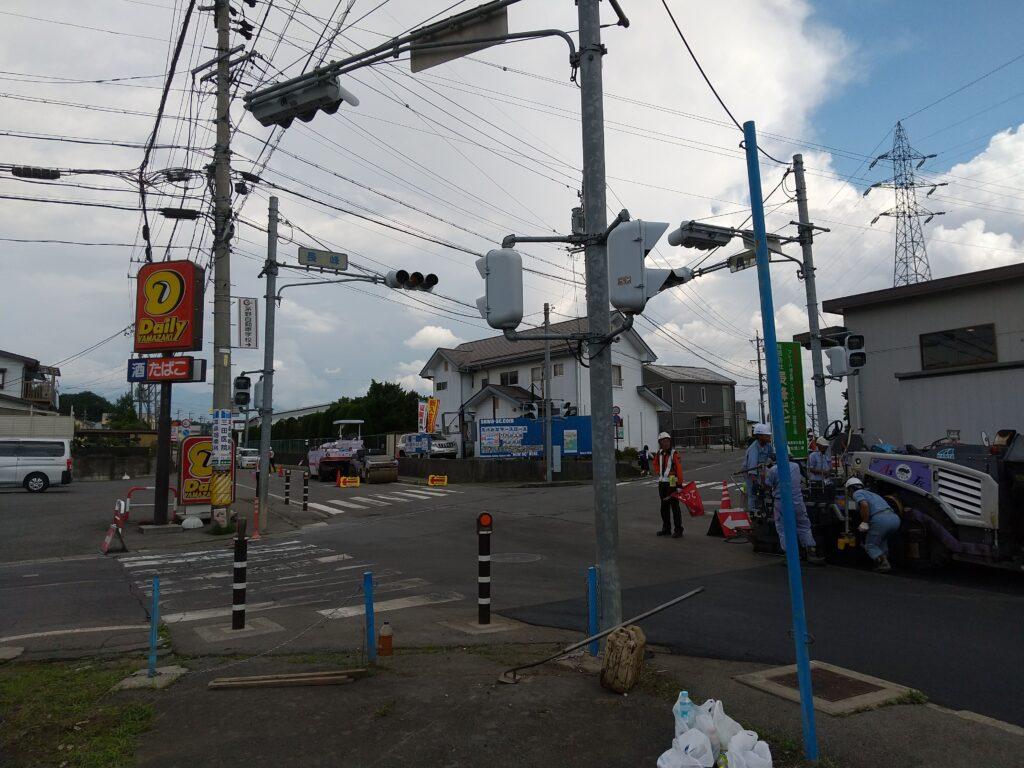 信号機のある交差点の工事